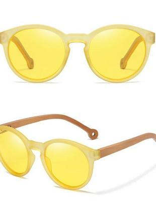 Антибликовые солнцезащитные очки с деревянными дужками