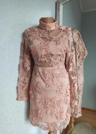 Платье кружевное нюдовое вечернее сукня мереживна missguided