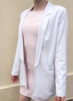 Молочный пиджак жакет блейзер удлиненный в стиле zara