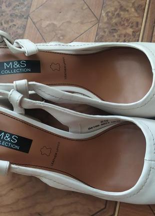 Босоніжки шкіряні брендові m&s collection leather marks&spencer  оригінал