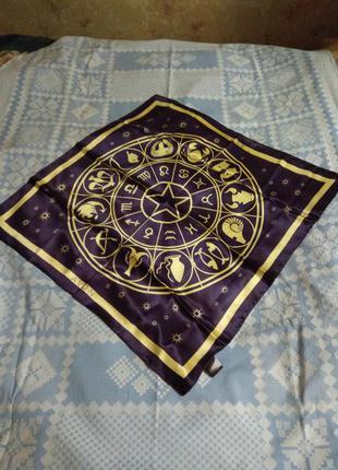 Яркий платок, косынка, шарф легкий с принтом
