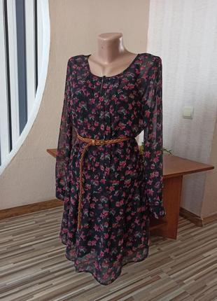 Легкое летнее платье-накидка в цветах