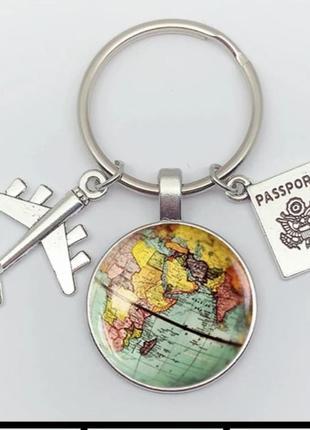 Брелок для ключей  путешественник карта мира