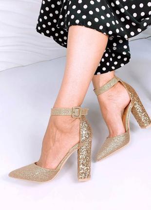 ❤️ шикарные золотые туфли лодочки на каблуке