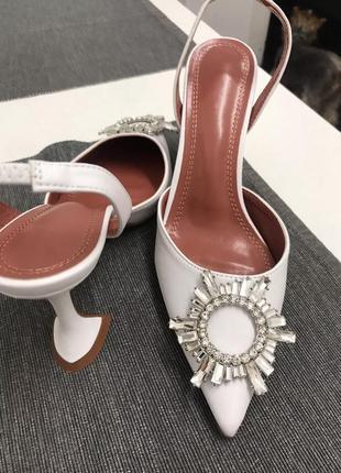 Продам каблуки в стиле бренда amina muaddi zara