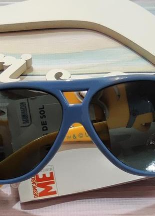 Сине-желтые очки с миньонами для мальчика