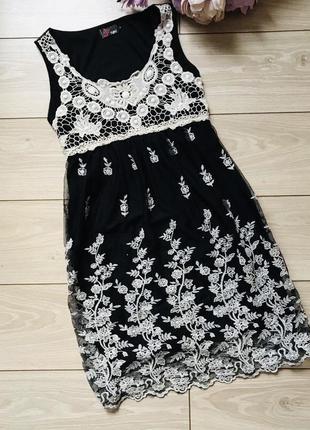 Красивый черный сарафан с вышивкой s m