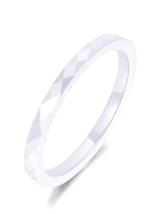 Кольцо из белой ювелирной керамики