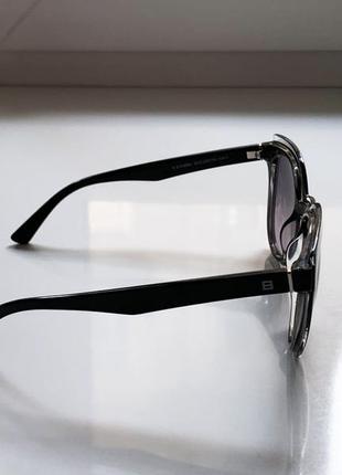 Женские солнцезащитные очки люксоптика4 фото