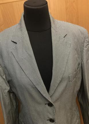 Крутой пиджак удлинённый в клеточку