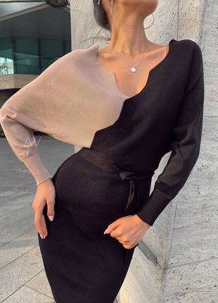 Женские трикотажное платье в черно-бежевой расцветке