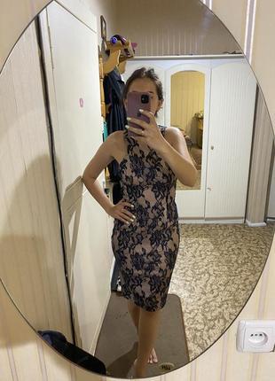 Кружевное итальянское платье