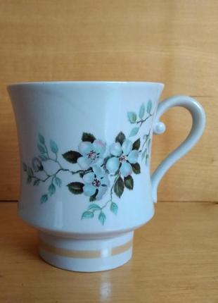 Большая чашка вишневый цвет перламутр 550 мл ссср 1960 полтавский фарфор ретро винтаж