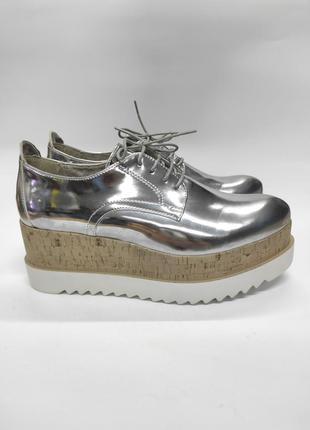 Туфлі на платформі tamaris глягцеві бренд оригінал
