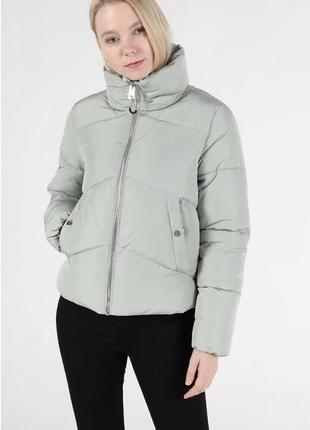 Демисезонная курточка colin's