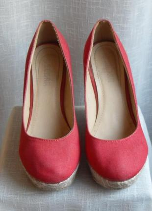 Туфлі черврні   туфли красные