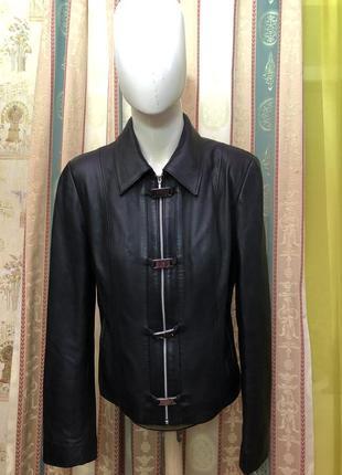 Женская  кожаная куртка от шотландской фирмы proudfood