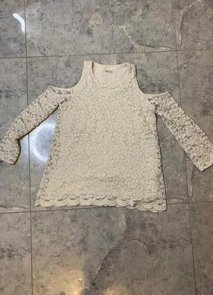 Распродажа все по 200 грн 🔥🔥🔥 серо молочная кружевная блуза с вырезами на плечах