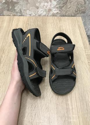 Slazenger 38 р босоножки босоніжки сандалии шлепанцы