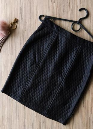 Базовая юбка карандаш с напылением под кожу