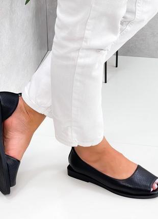 Кожаные босоножки черного цвета,  балетки с открытым носком