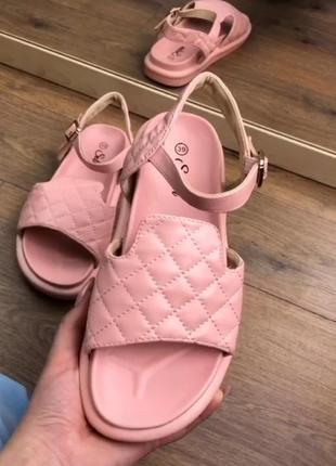 Босоніжки босоножки розовые жіночі екошкіра платформа t120