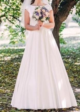 Сведебнон платье атлас
