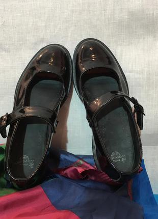 Лаковые туфли dr.martens