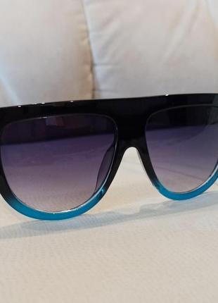 Сонцезахисні брендові жіночі окуляри celine