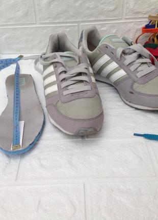 Кроссовки adidas р.36,5  24см
