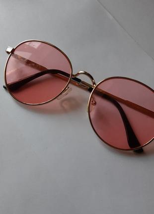 Имиджевые розовые очки