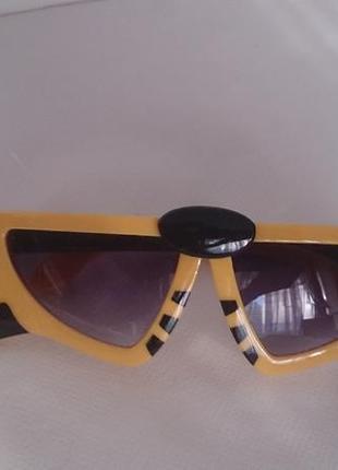 Детские солнцезащитные очки трансформер hotoy, на возраст до 5 лет.
