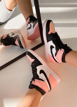 Женские кроссовки nike air jordan 1 high2 фото