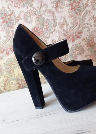 Туфли на большой платформе