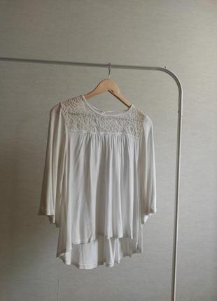 Молочно-белая блуза pull bear с вышивкой