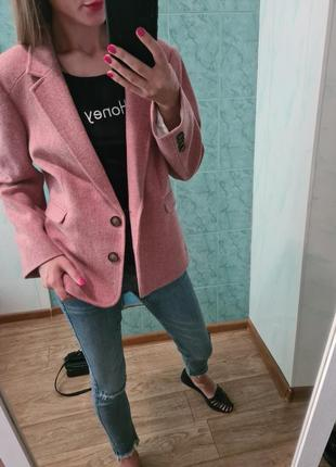 Эксклюзивный  удлинённый шерстяной пиджак ,жакет прямого кроя
