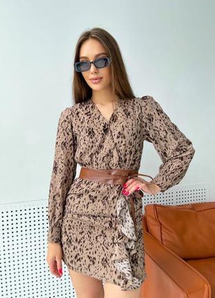 Женское легкое платье в актуальной расцветке