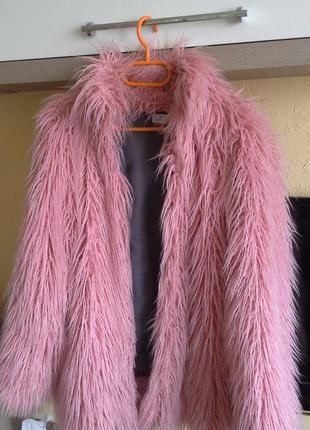 Трендовая розовая шубка (лама)