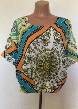 Яркая лёгкая летняя блузка