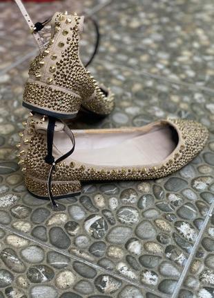 Туфлі балетки з камінчиками шкіряні
