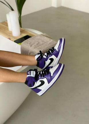 Женские кроссовки nike air jordan 1 court purple.