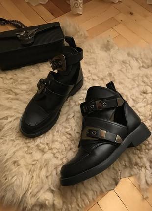 Ботинки женские,жіночі чоботи черевики,сапоги ботинки женские zara ботинки hm
