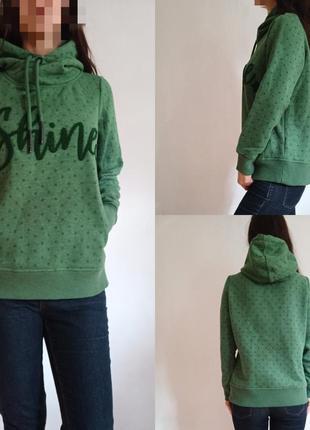 Теплый свитер толстовка с флисовый подкладкой
