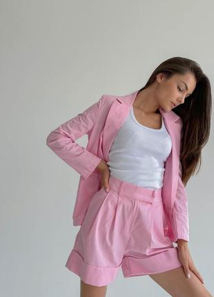 Стильный летний костюм нежно розовый