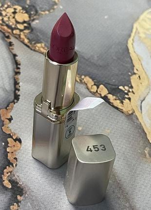 Увлажняющая помада для губ color riche 453 rose creme