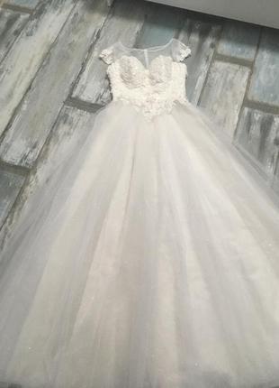 Свадебное платье с 3d кружевами