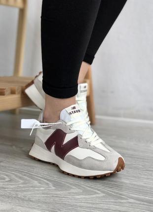 Женские стильные спортивные кроссовки new balance staud