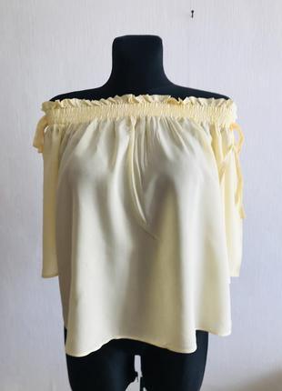 Лёгкая блузка модного фасона