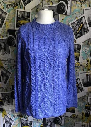 Красивый свитер в составе шерсть