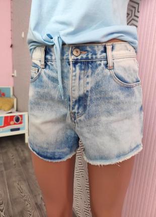 Шорты джинсовые короткие zara premium тренд сезона летние стильные с необработанным краем и карманами